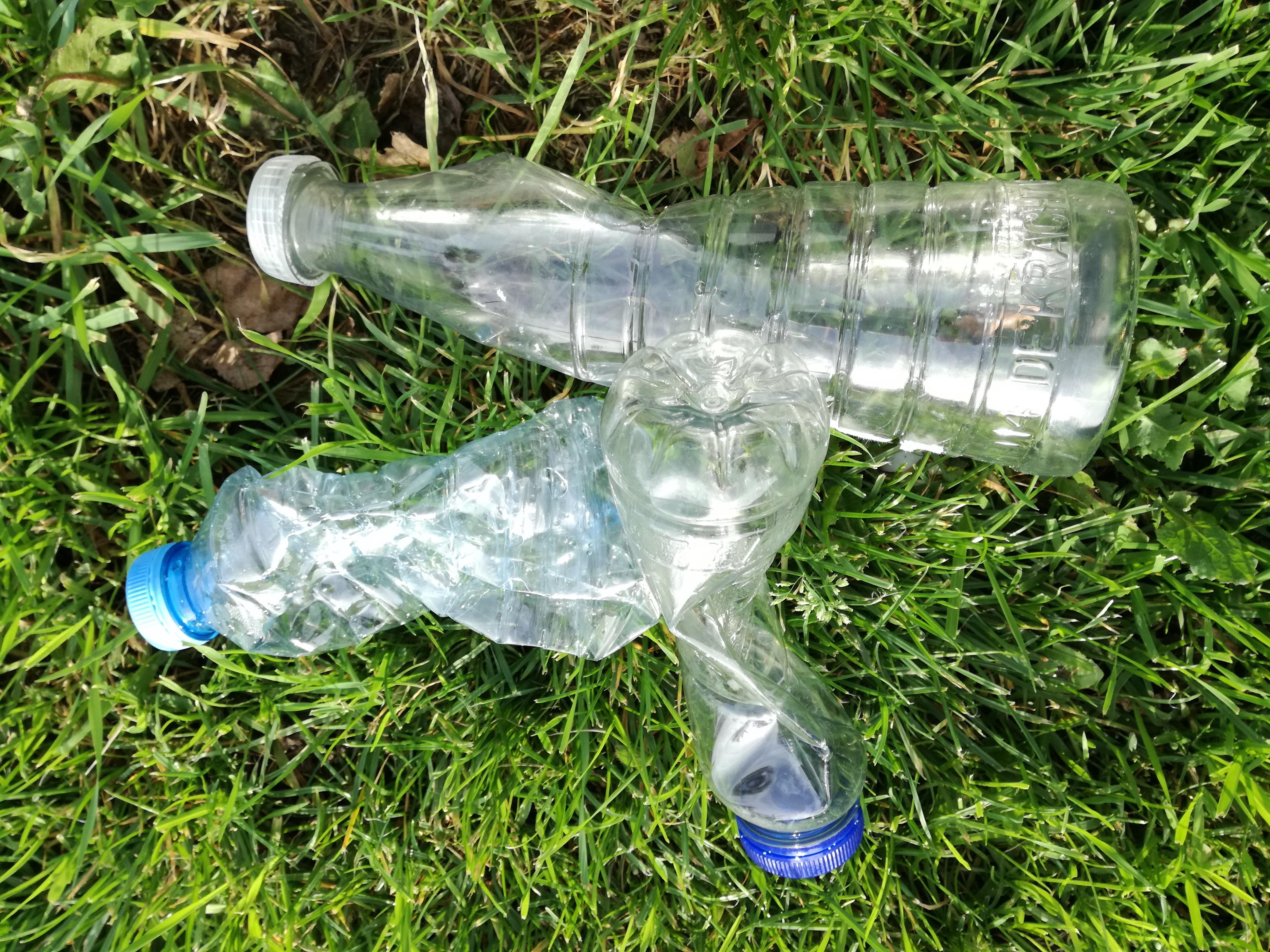 """""""Plastic' flesje"""
